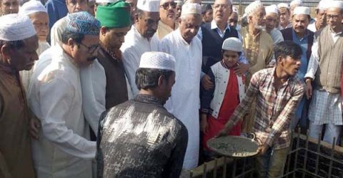 নগরীর কাজিটুলা জামে মসজিদের ভিত্তি স্থাপন