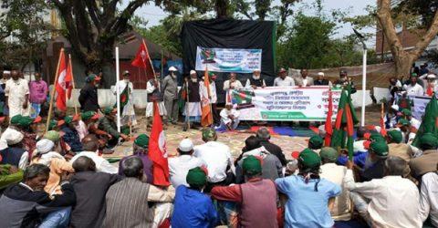 শহিদমিনারের পাশে মার্কেট নির্মাণ, বিক্ষুব্ধ সুনামগঞ্জ