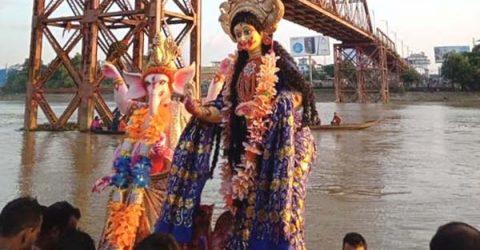বিদায় 'দুর্গতিনাশিনী' দেবী দুর্গা
