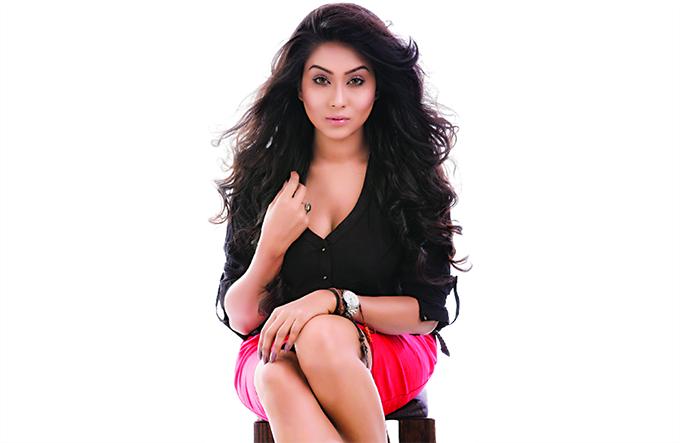 মম'র নয়া অভিজ্ঞতা