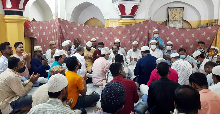 শহীদ জিয়ার ৪০তম শাহাদৎ বার্ষিকীতে মহানগর বিএনপির দোয়া ও মিলাদ মাহফিল অনুষ্ঠিত