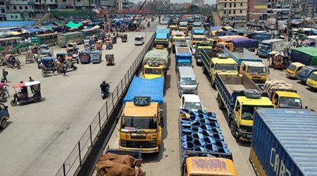 ঢাকা-চট্টগ্রাম ও ঢাকা-সিলেট মহাসড়কে দীর্ঘ যানজট
