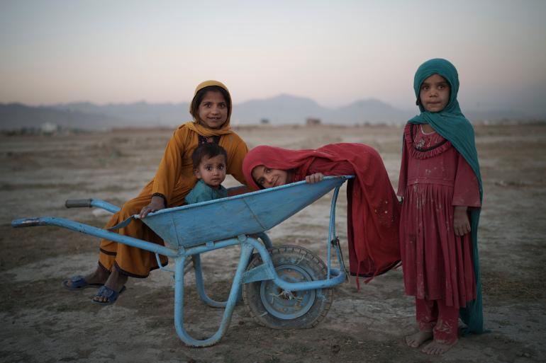 আফগানিস্তান: ১০০ কোটি ডলার সহায়তার প্রতিশ্রুতি দাতাদের